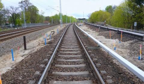 Mittels Radar konnte auch der Gleisbereich aus Bohrungen neben dem Gleis abgedeckt werden